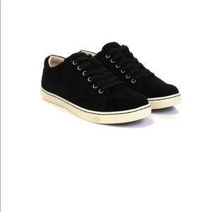 UGG Tomi Black Suede Lace Up Sneaker 9